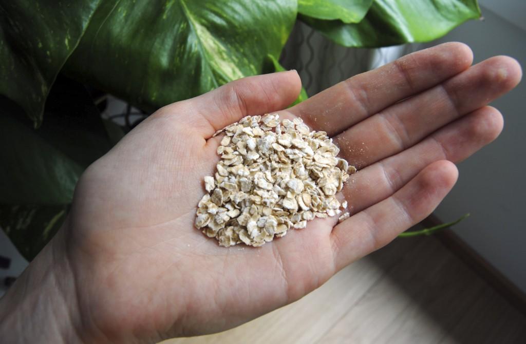 oatmeal hand