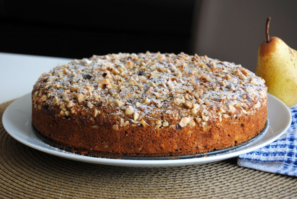 pear hazelnut cake